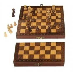 Chess-Set_Confederate-Museum